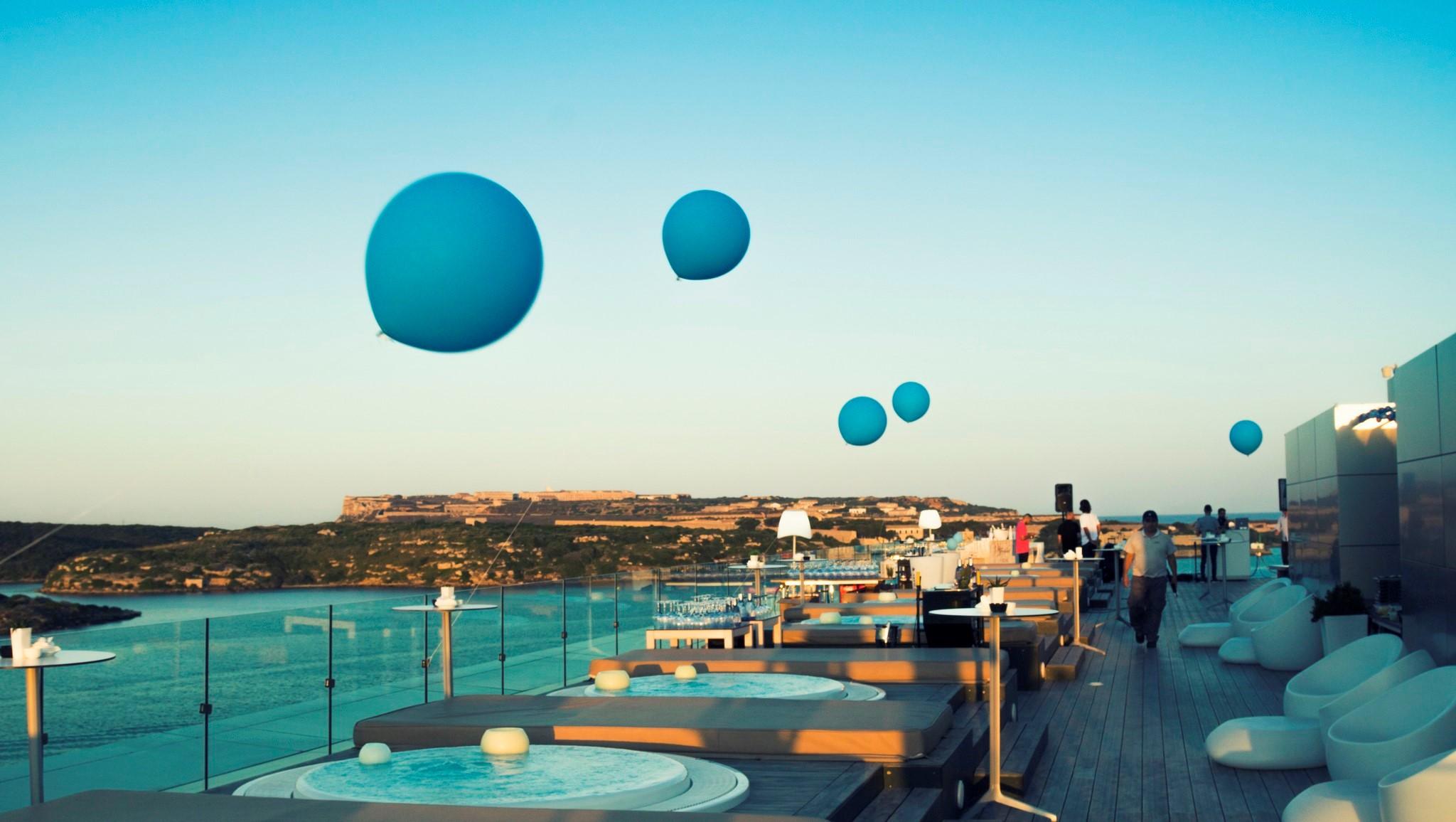 Blue Sky Bar En Menorca